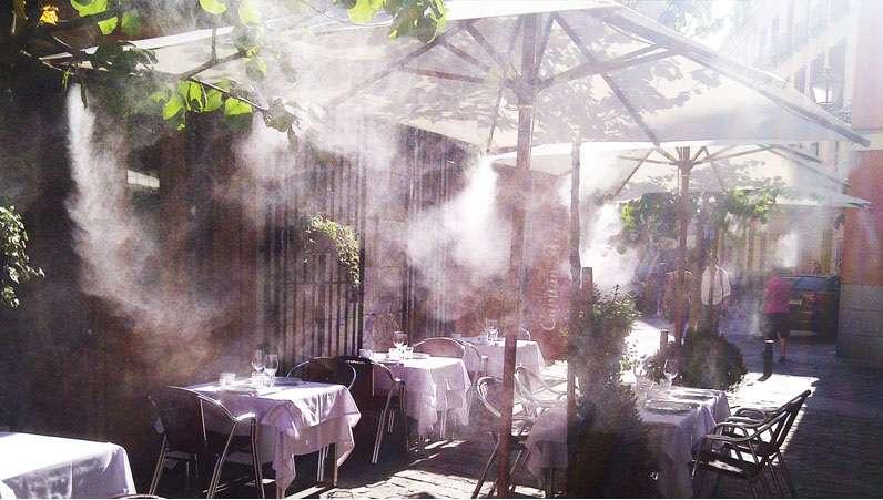 máy phun sương cho quán cafe