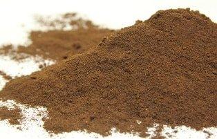 cách ủ thức ăn cho trùn quế